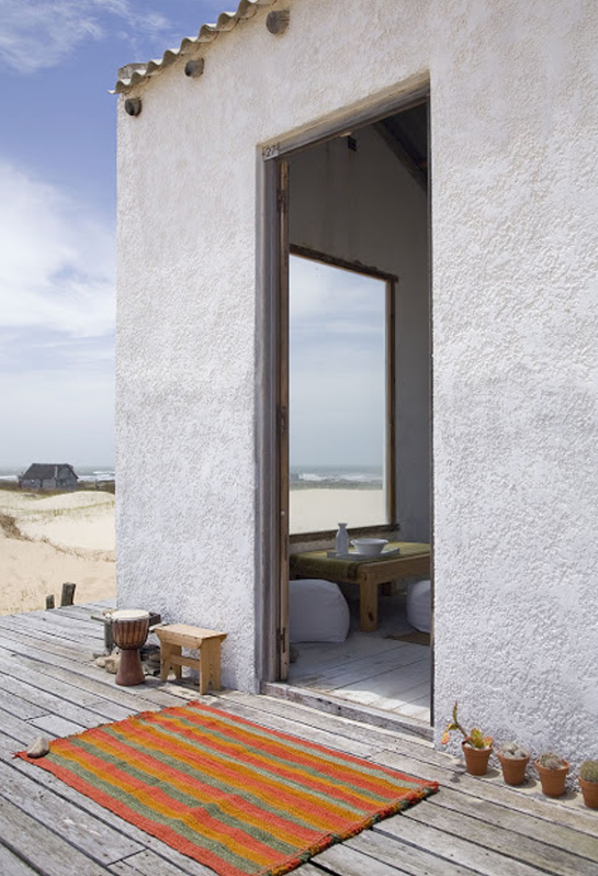 beach hut outdoor