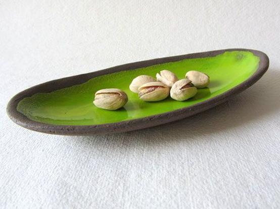 pantone-greenery-ceramic