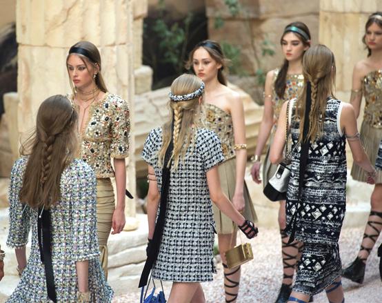 Chanel Crusie 17-18 Catwalk